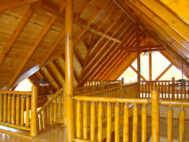 Interior of a 6 BR foreclosure cabin in Black Bear Ridge Resort - Pigeon Forge, TN
