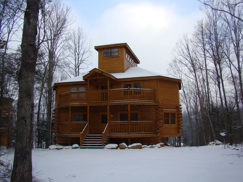 Indoor Pool Beauty - Luxury cabin rental with indoor pool, theater room, and privacy. This cabin is located in close proximity to Gatlinburg and extremely close to the Cosby Entrance to the Great Smoky Mountains National Park