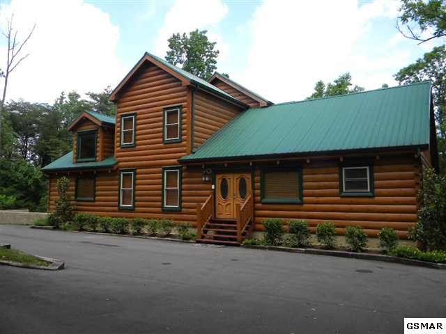 Gatlinburg foreclosure cabins pigeon forge cabin for Deals cabins gatlinburg tn