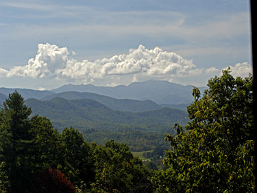 """A Cut Above"" - Wears Valley cabin rental with an incredible view of the Smoky Mountains. This is a very good cabin rental for the price!"