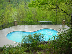 Cobbly Nob Pool   Smoky Mountains Cabin Rentals