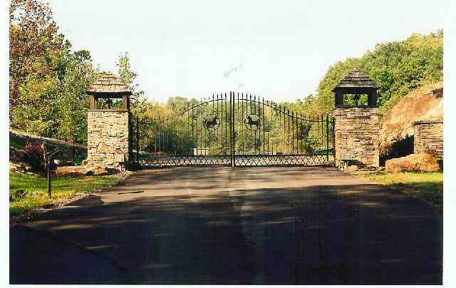 Happy Creek Equestrian - Sevier County's first gated, restricted equestrian community