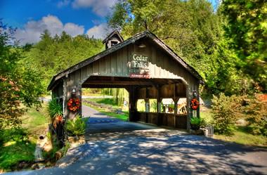 Cedar Falls Resort Luxury Log Home And Cabin Development