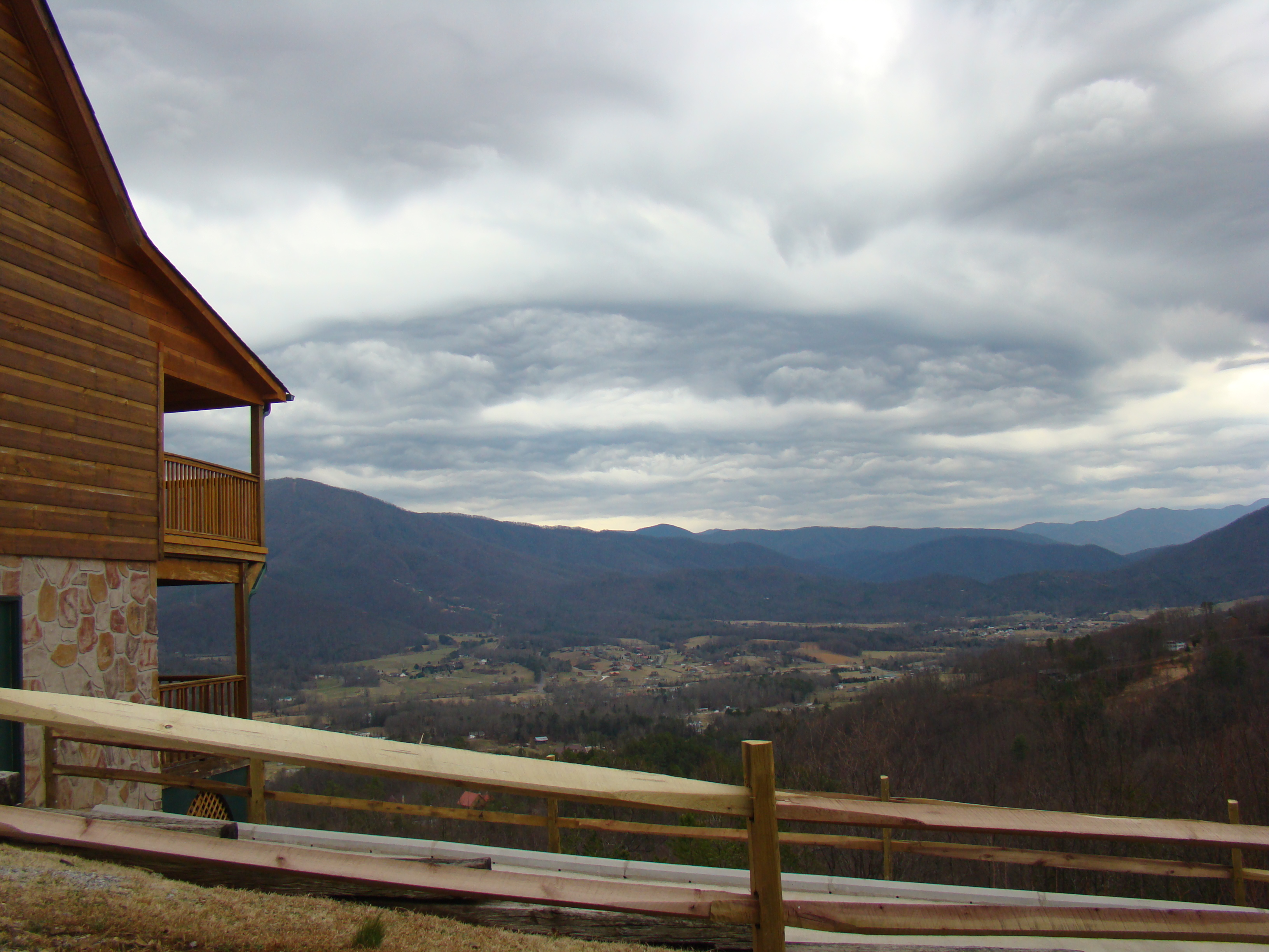 Wears Valley Tennessee Real Estate cabin land rental and