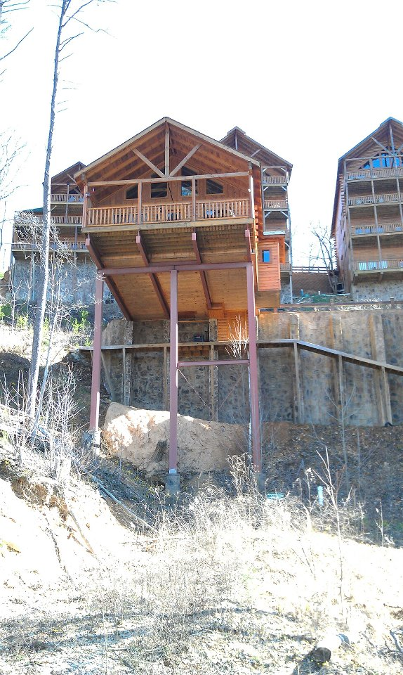Genial Black Bear Ridge Resort Cabin On High Rock Way With Steel I Beams As  Foundation