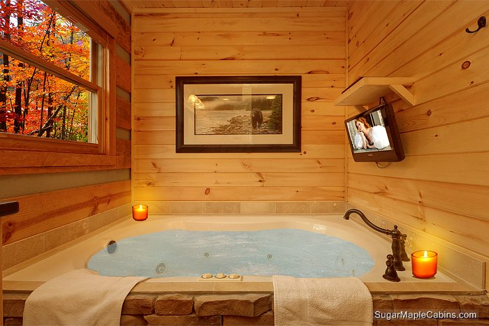 cabin naked jacuzzi secluded in honeymoon hand tub hewn rental gatlinburg bear fees authentic very with no log hot